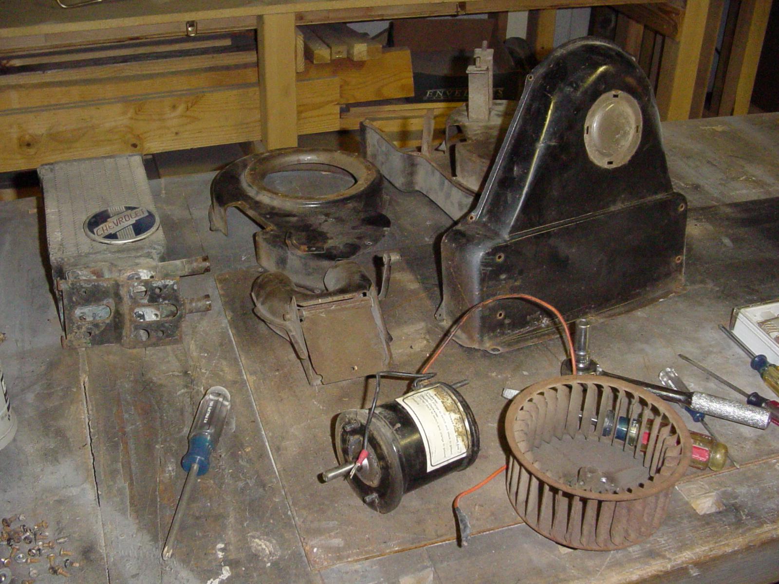Restoring a 1950 Harrison Deluxe Heater - Deve's Technical ...